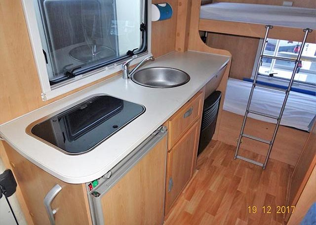 fiat mclouis lagan 211 interior cocina